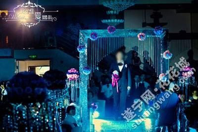 12.08.22_wedding_466 g.jpg