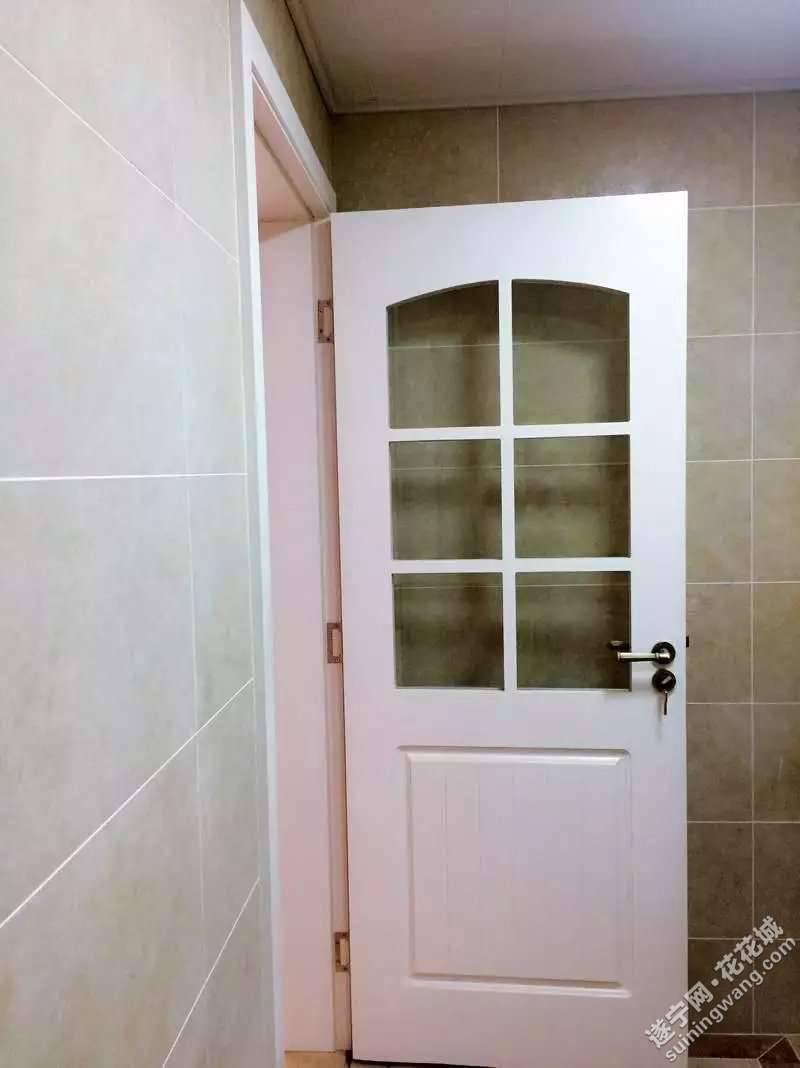 厨房玻璃格子门